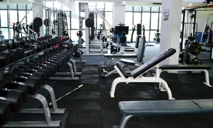 Advantages and Disadvantages of Going to the Gym2