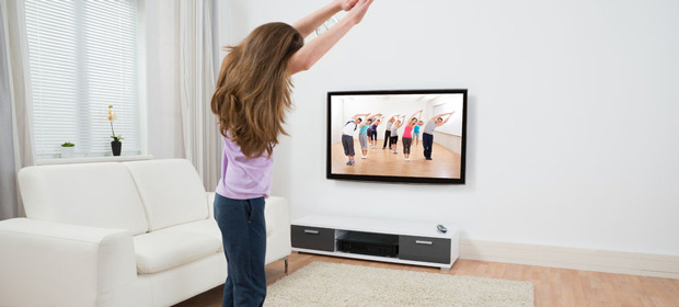 fitnesseq.com-Watch TV while exercising