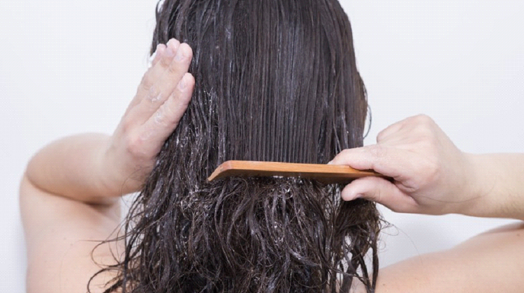 5 habits that cause damage to your hair