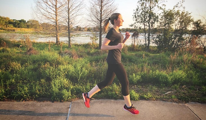 Fitnesseq.com - How this Woman Lost 92 Pounds by Training for 10K