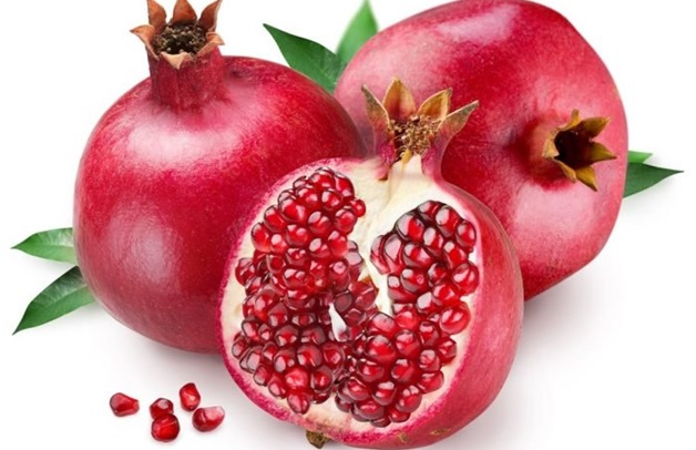 fitnesseq.com-Best Foods to Fight against Skin Aging - Pomegranates